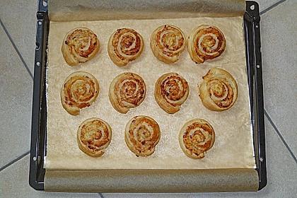 Blätterteig-Schinken-Käse-Stangen 125