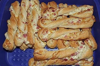 Blätterteig-Schinken-Käse-Stangen 97