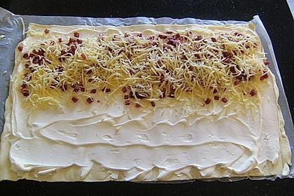 Blätterteig-Schinken-Käse-Stangen 23
