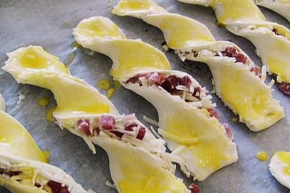 Blätterteig-Schinken-Käse-Stangen 124