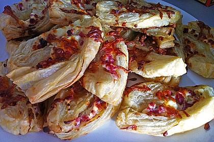 Blätterteig-Schinken-Käse-Stangen 129