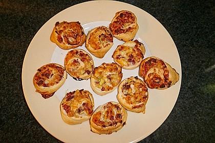 Blätterteig-Schinken-Käse-Stangen 142