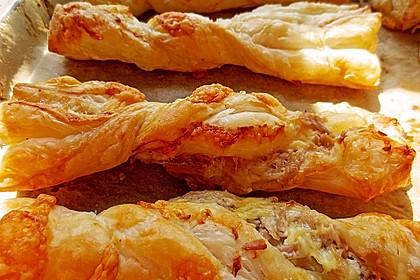 Blätterteig-Schinken-Käse-Stangen 50