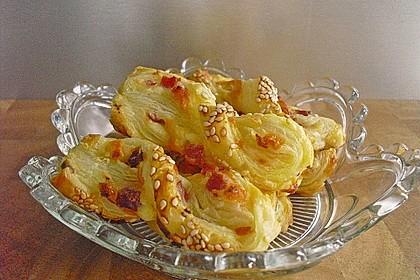 Blätterteig-Schinken-Käse-Stangen 49