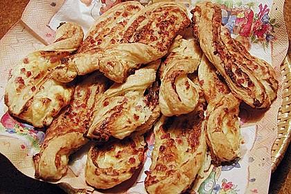 Blätterteig-Schinken-Käse-Stangen 57