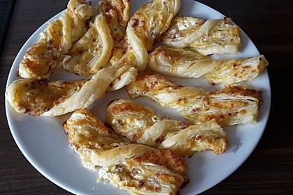 Blätterteig-Schinken-Käse-Stangen 75