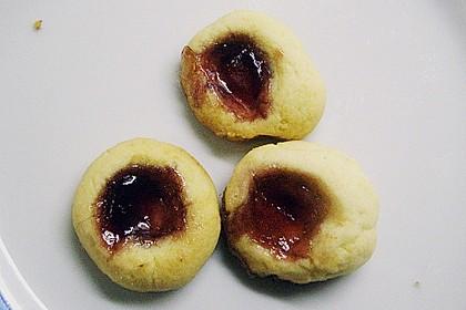 Marzipanbällchen mit Himbeergelee - Füllung 11