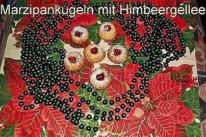 Marzipanbällchen mit Himbeergelee - Füllung 19