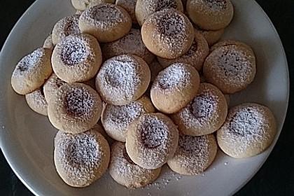 Marzipanbällchen mit Himbeergelee - Füllung 12