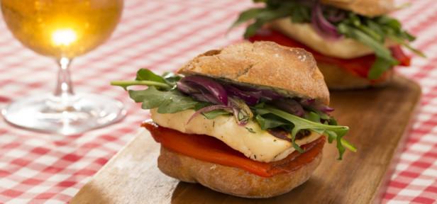 halloumi burger rezept mit bild von lorlaine. Black Bedroom Furniture Sets. Home Design Ideas