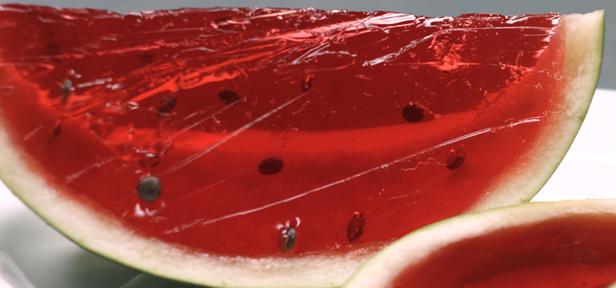 wackelpudding melone rezept mit bild von chefkoch video. Black Bedroom Furniture Sets. Home Design Ideas