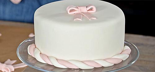 Geronnene Buttercreme Auf Der Torte Bitte Um Schnelle Hilfe